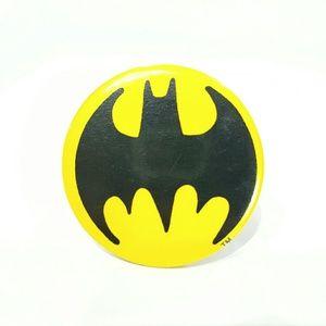 Vintage Batman Button Pin Yellow Round J1